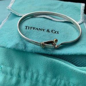 Tiffany & CO Hook Eye Bracelet